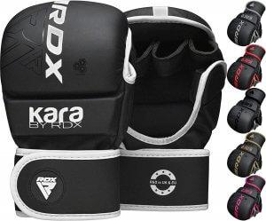 gants de boxe ouverts